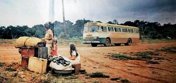 Em 1974, essa família aguardava para embarcar rumo a Rondônia